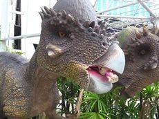 Bad baby Злой динозавр напал на детей в парке и съел Щенячий патруль