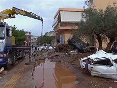 Наводнение в Греции погибших уже 20.