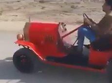 Необычные автомобили, разработанные их владельцами.
